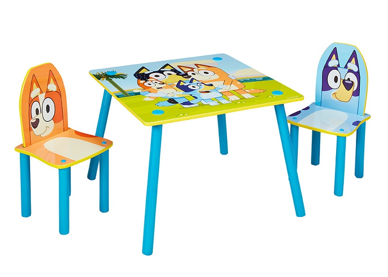 bluey and bingo table and chairs