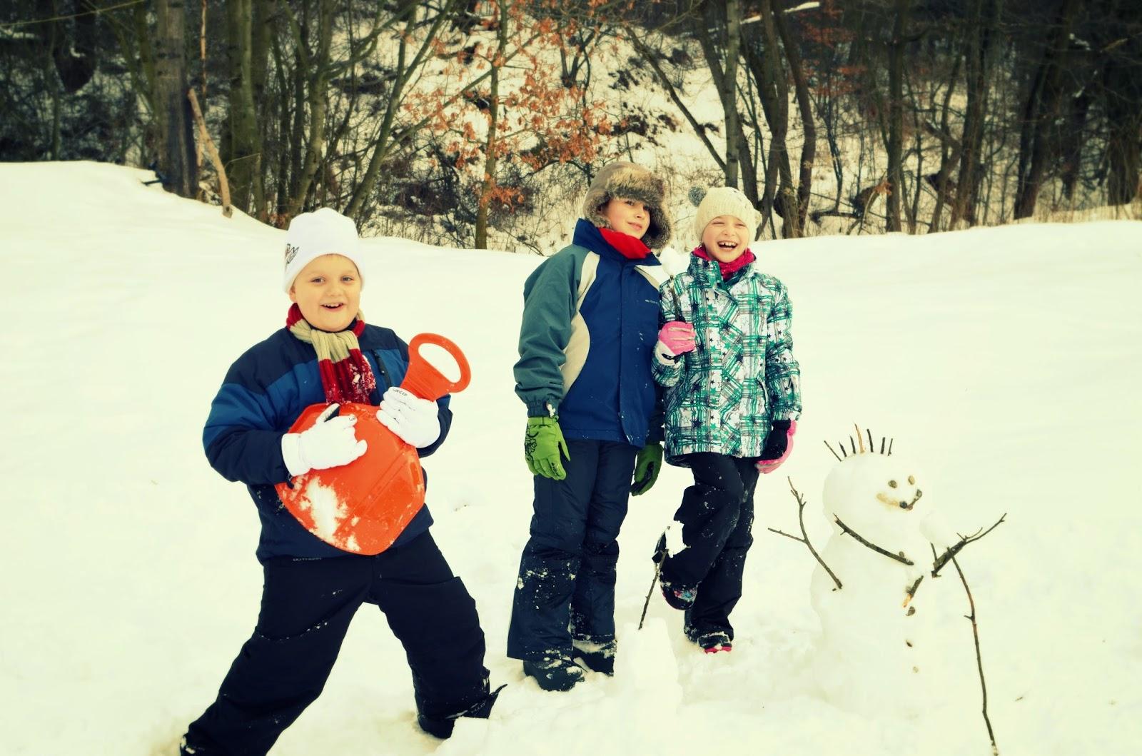 ferie z dzieckiem w górach, ferie, góry, zjazd, sanki, Beskidy, zima
