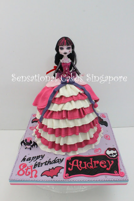 Vampire monster high cake singapore