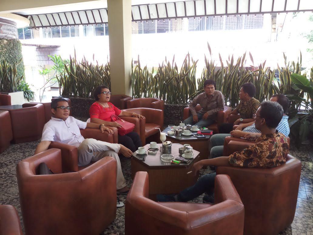 Volume Suara Orang Batak