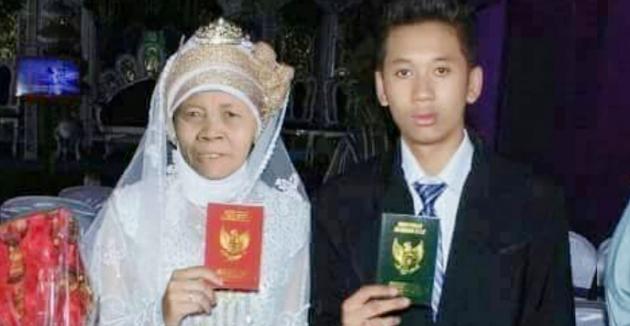 Heboh! Atas Nama Cinta, Remaja Ganteng Ini Nikahi Nenek Berusia 52 Tahun