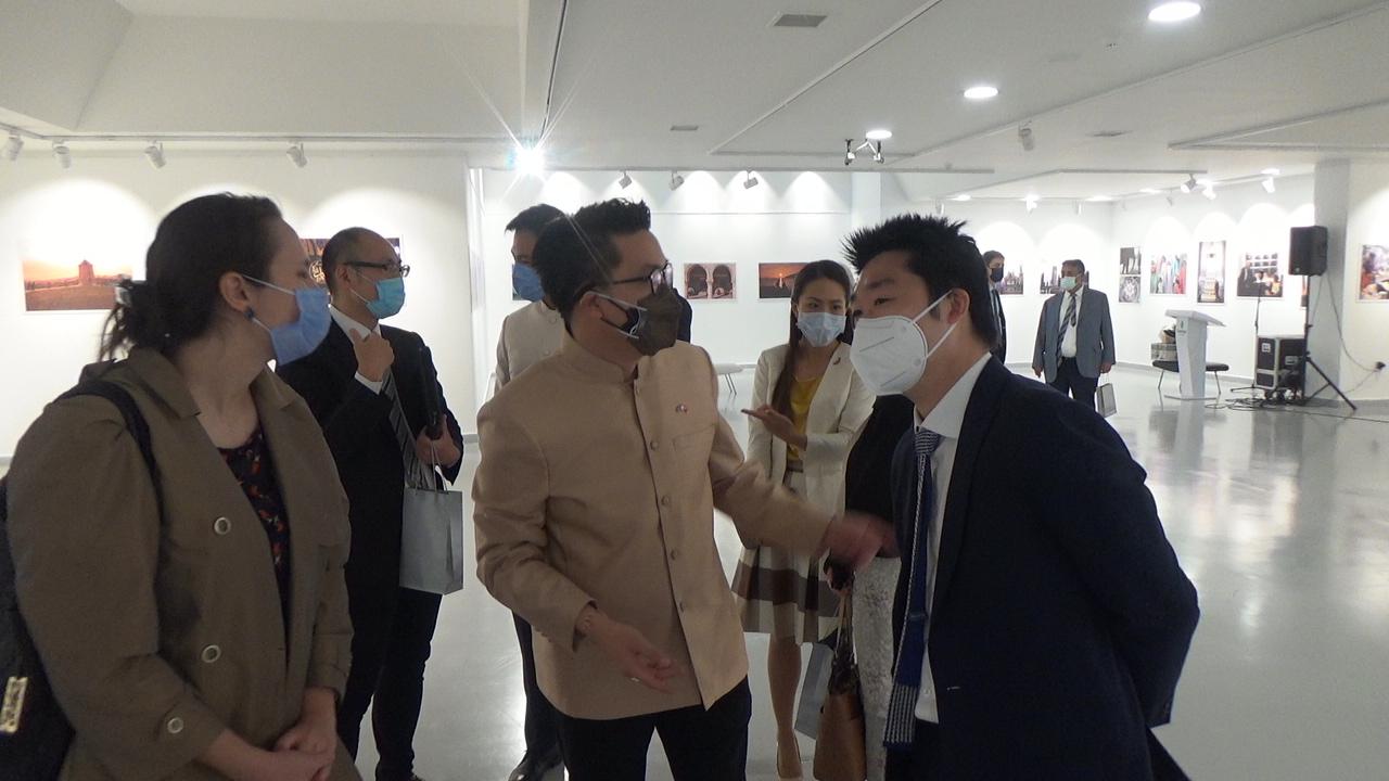 Türklerin Gözünden Tayland / Taylandlıların Gözünden Türkiye Fotoğraf Sergisi Tayland Ankara Büyükelçiliği Maslahatgüzarı Shakir Sevikul