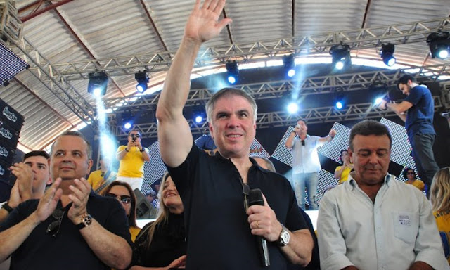 Resultado de imagem para Empresário Flavio Rocha deixa diretoria de grupo para concorrer à Presidência