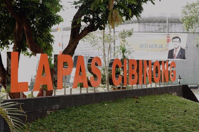 Mantan Aspidum Kejati DKI Dijebloskan KPK Ke Lapas Cibinong
