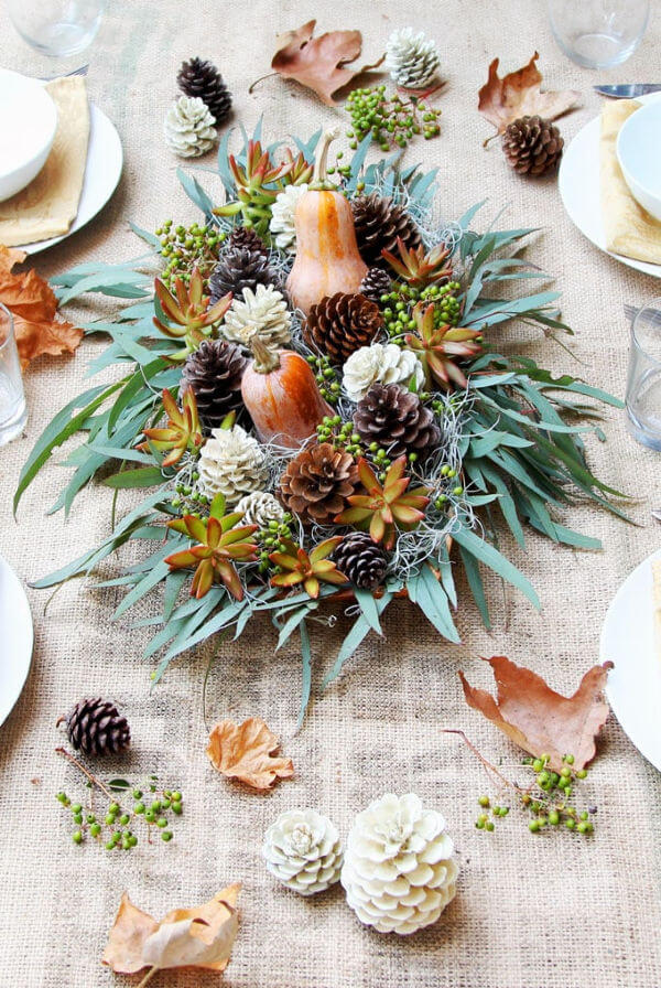 Thanksgiving centerpiece with natural elements