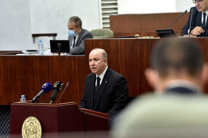 Argelia planea aumentar inversión en su sector energético en 2.6 mil millones de dólares el próximo año.