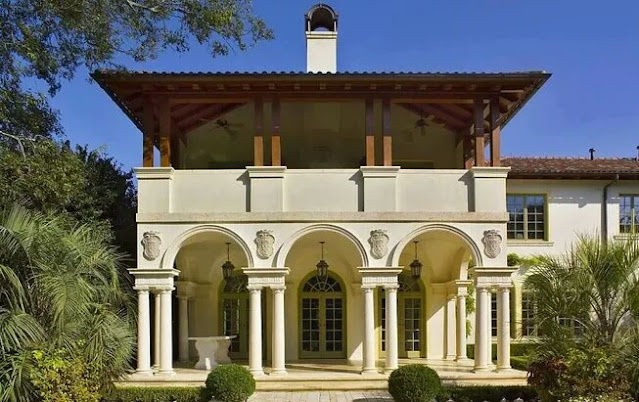 Italian style homes