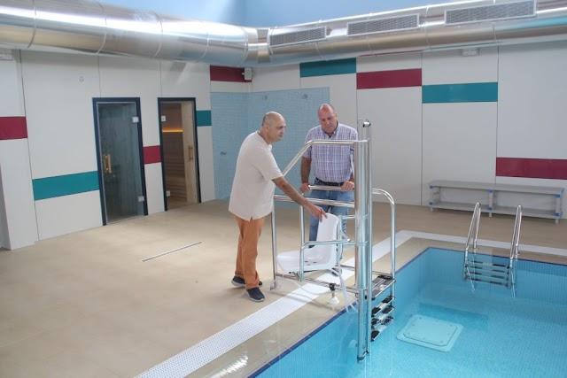 Cabildo de Fuerteventura recepciona la piscina terapéutica para personas con discapacidad