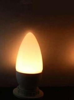 топла LEDсветлина 3000к