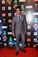 Bollywood Celebrities on the Red Carpet Of Zee Cine Awards 2017 Exclusive 028.JPG