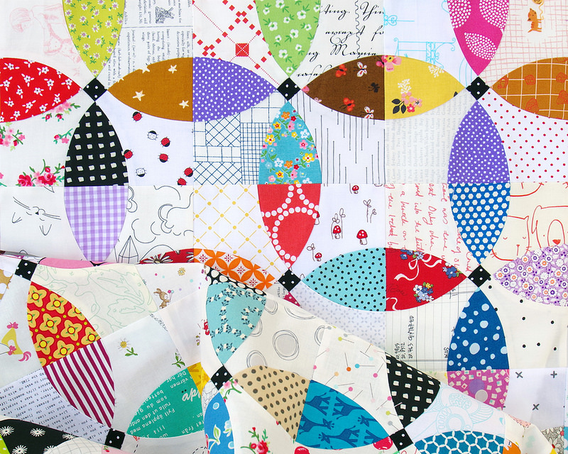 Flowering Snowball Quilt 2 - Work in Progress | © Red Pepper Quilts