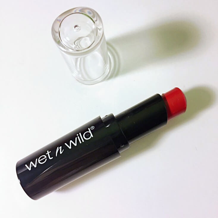 wet n wild Fantasy Makers megalast Lip Color Hazardous Red