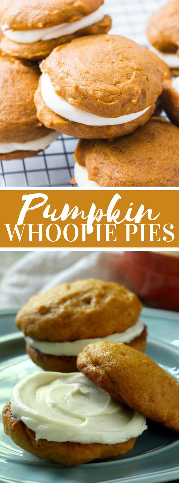 Cream Cheese Filled Pumpkin Whoopie Pies #cookies #desserts