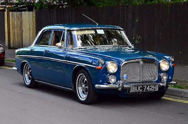 Rover P5 1960s British classic saloon car