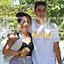 > ¿Cobrando ya exclusivas?... Andrea Janeiro y su 'amigo especial' en la portada de 'Diez Minutos'