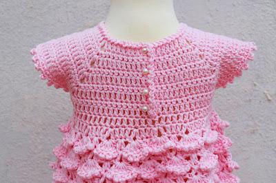 4 - Crochet Imagenes Vestido con abanicos a relieve por Majovel Crochet