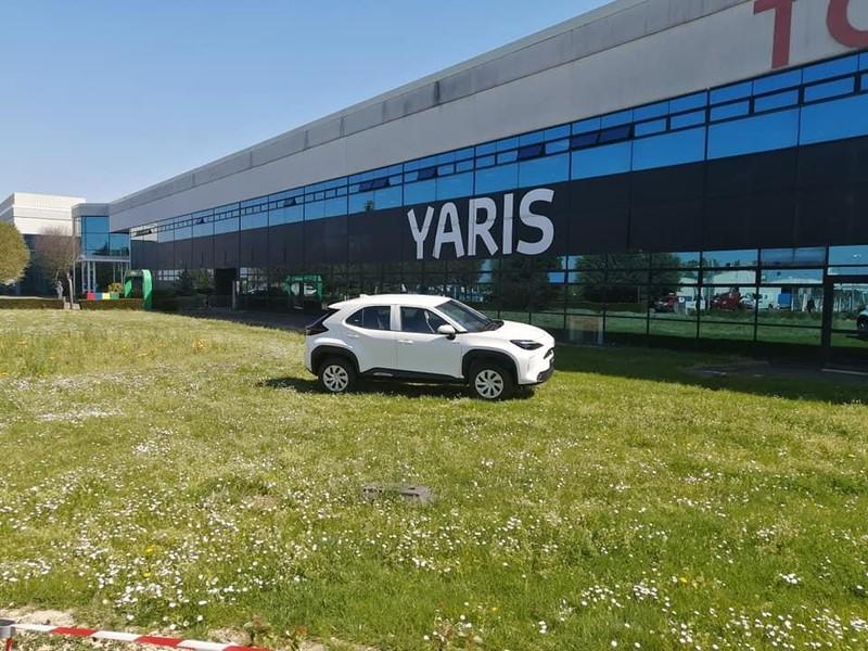 Hình ảnh thực tế SUV cỡ nhỏ Toyota Yaris Cross 2021