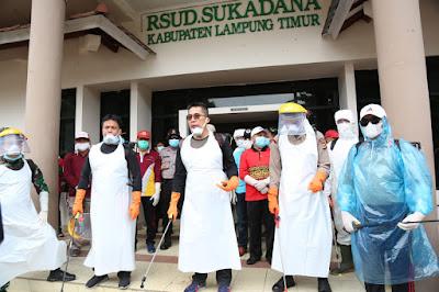 Bupati Zaiful Bokhari Pimpin Penyemprotan Disinfektan Penanganan COVID-19