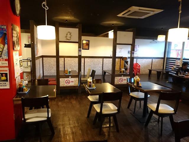 軽食の店 ルビー 宜野湾店の店内の写真