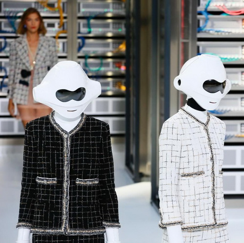 Tinuku Karl Lagerfeld brings fashion glamor for Data Center Chanel technologies at Paris Fashion Week