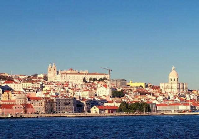 lisboa ou porto portugal