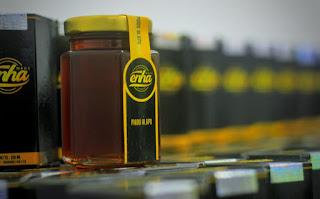 10 manfaat madu untuk kesehatan tubuh