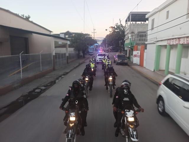 """San Juan: Policías salieron a las calles a cuidar la vida de la gente """"Operativo Navideño""""-VIDEO"""