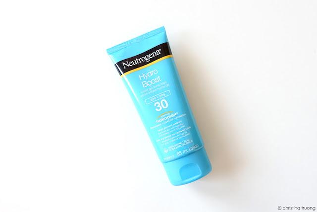 Weekend Getaway Essentials featuring Neutrogena Hydro Boost Water Gel Sunscreen SPF 30 Review