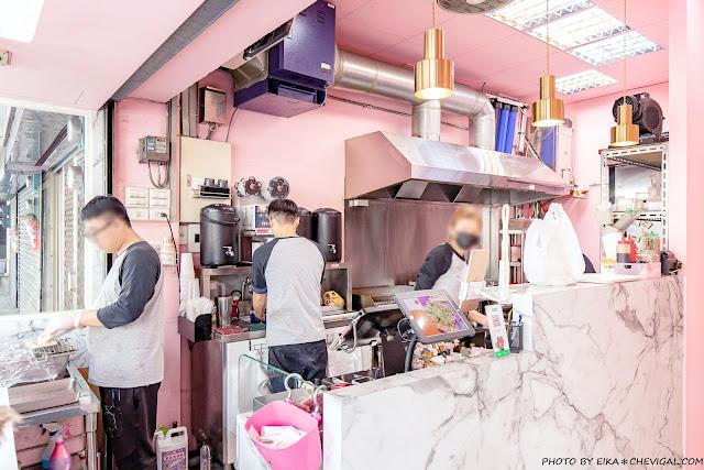 MG 7258 - 熱血採訪│台中人氣炭烤吐司,多達18種口味任你挑!還有18款酥皮蛋餅,連日式炸蝦都被包進來啦!