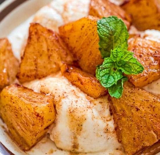 CINNAMON FRIED PINEAPPLE RECIPE #sweettreat #desserts