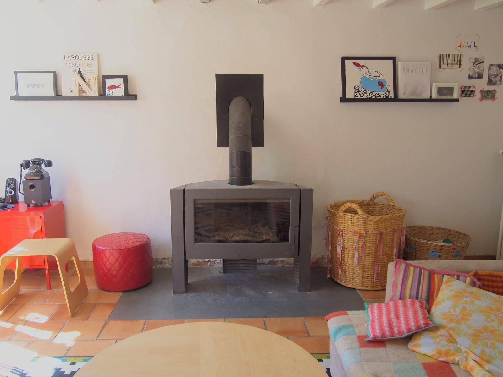 des montagnes sur le mur un atelier au fond des bois. Black Bedroom Furniture Sets. Home Design Ideas