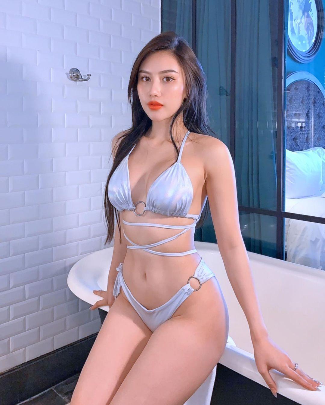 Hot Girls ♔♔ …Tracy Lê - Trang 13