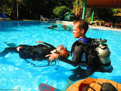 Christophe during a workshop on how to use a lift bag, today in confined water