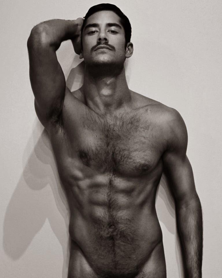 личный фото про голих мужчин красивые девушки