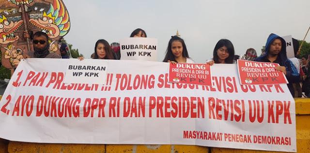 Pengunjuk Rasa Minta Firli Dkk Bubarkan Wadah Pegawai KPK