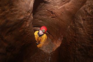 Giant's Hole
