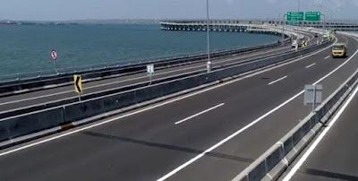 Mending Bikin Jalur Khusus Bus Daripada Tol Untuk Motor