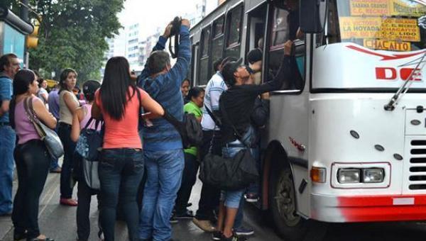 Pasaje aumentará a 300 bolívares desde el 15 de julio