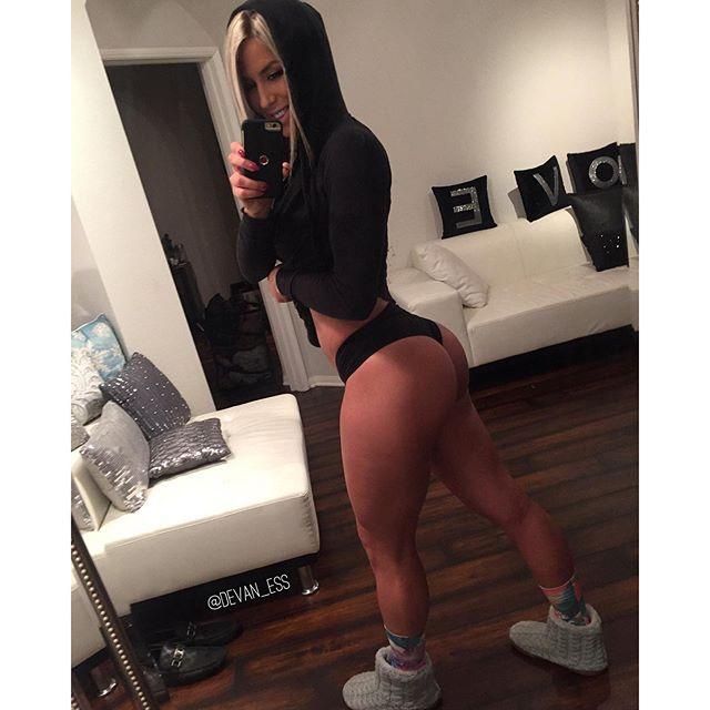 Fitness Models Devan Statler Instagram photos