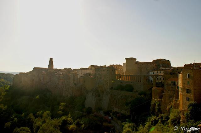 Vista panoramica sul centro di Pitigliano