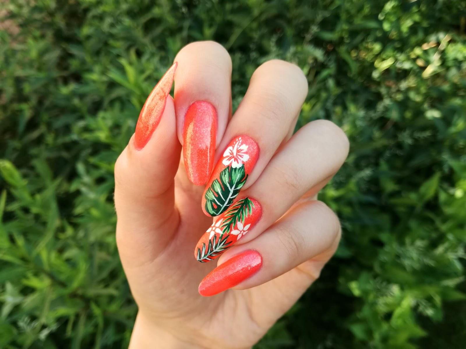 neonowe wakacyjne paznokcie