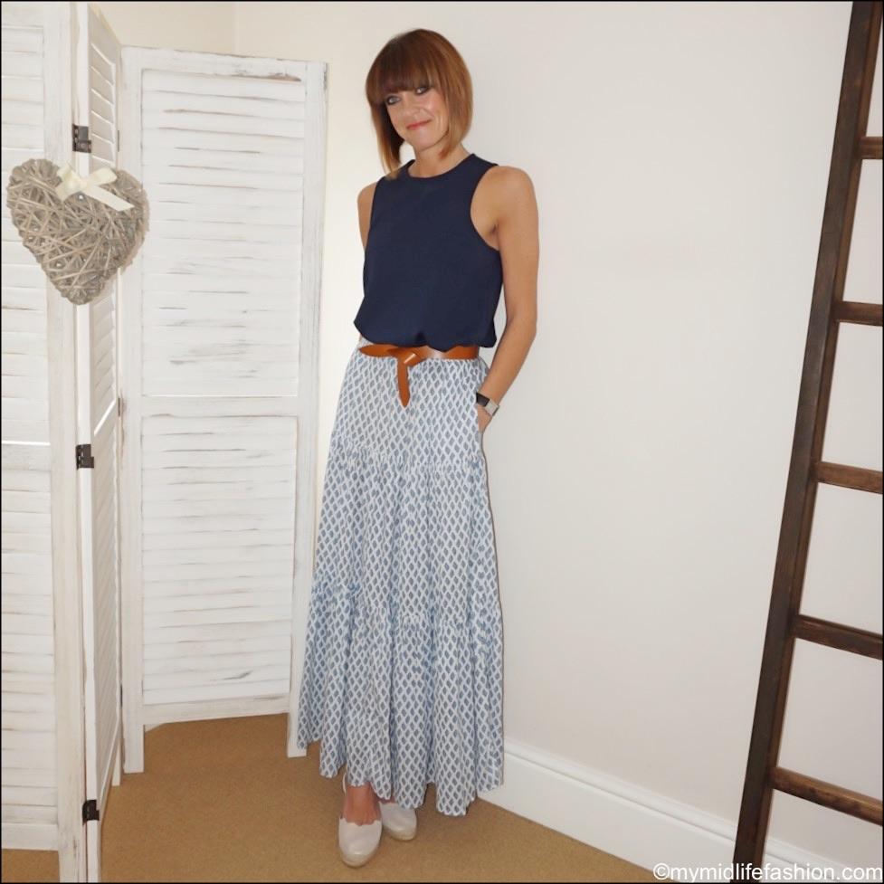my midlife fashion, Isabel Marant lecce leather belt, Zara long printed skirt, Carl Scarpa Brittany beige metallic sandals