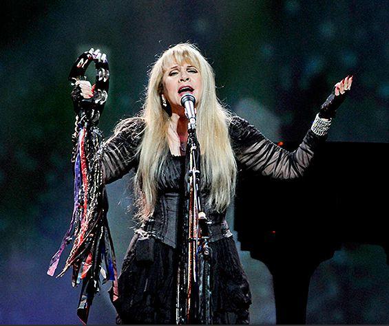 Fleetwood Mac News: Stevie Nicks | Lindsey Buckingham