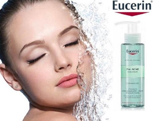 sua rua mat Eucerin ProAcne Cleansing Gel