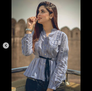 kanwal aftab Age Husband Boyfriend Family Networth Salary Scandals Biography and Hot Pictures