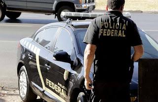 PF cumpre mandados de busca e apreensão na prefeitura de Aroeiras, PB