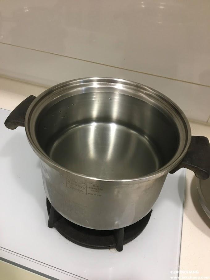 【傑克●不專業料理】決明子麥茶,無咖啡因還能清熱消暑。