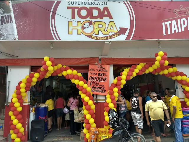 SUCESSO: Supermercado Toda Hora comemora o primeiro aniversário em Alagoinhas