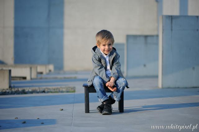 Zdjęcie uśmiechniętego dziecka w Lublinie stock