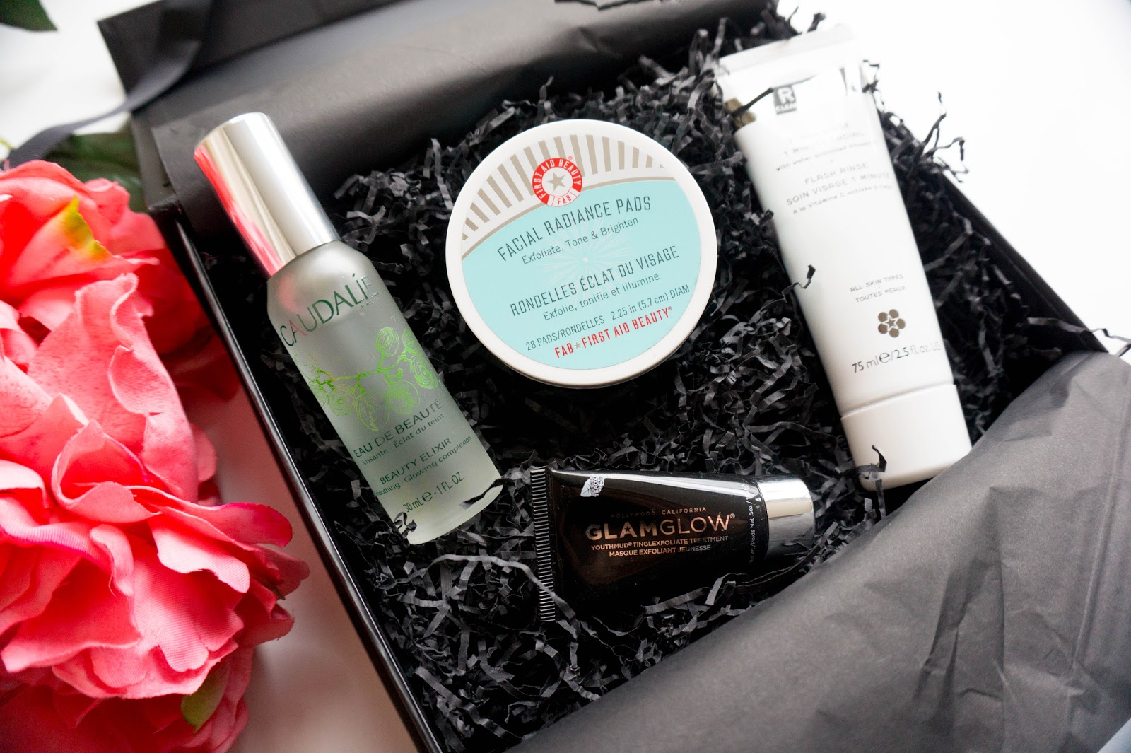 U FeelUnique Radiant Skin Box